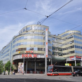 Atrium Flora Office Center, Praha 3, Vinohradská 151