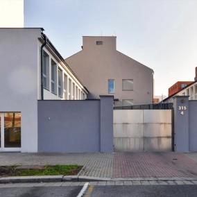 LinkHouse Prague, Praha 7 Holešovice, Na Maninách 4